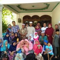 Bersama H. Ali Pengurus Yayasan Wakaf Ummat Sejahtera